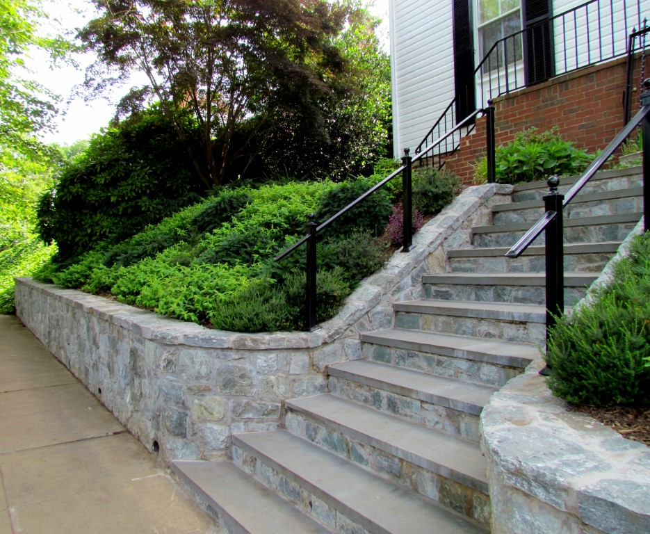 ... Stairs Stone Steps And Retaining Wall ...